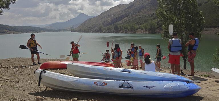 kayak-pico-azul-campamentos-paddlesurf-leon