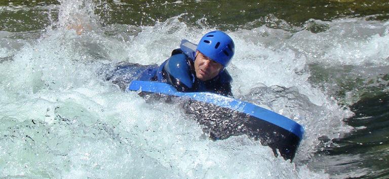 kayak-pico-azul-hydro-speed-en-rios-leon
