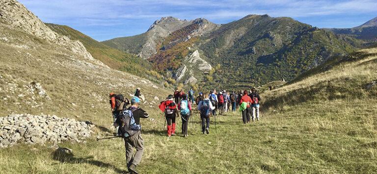 kayak-pico-azul-senderismo-montaña-leon
